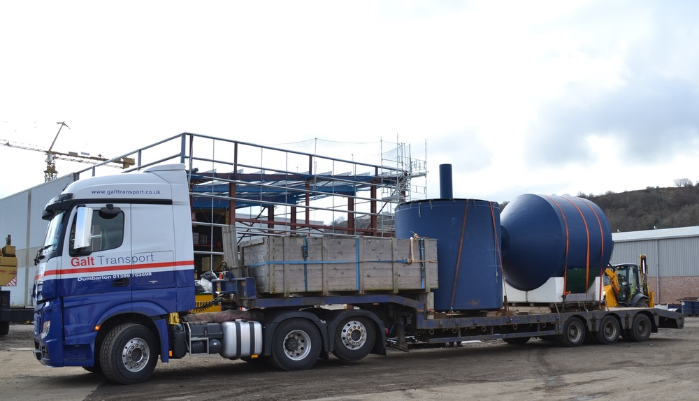 Semi-low loader Glasgow