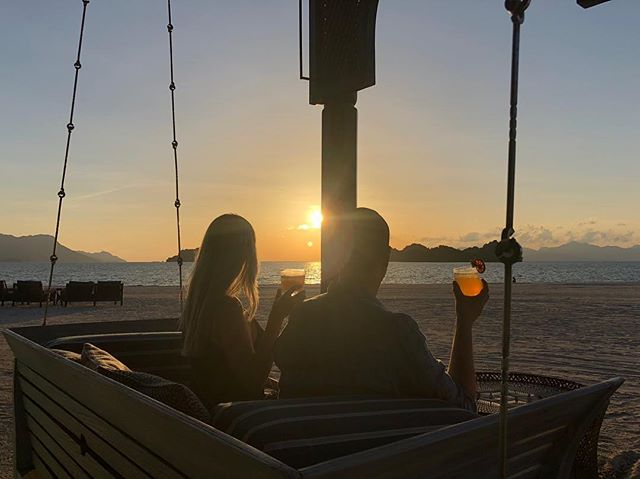 Sunset cocktails at @fslangkawi