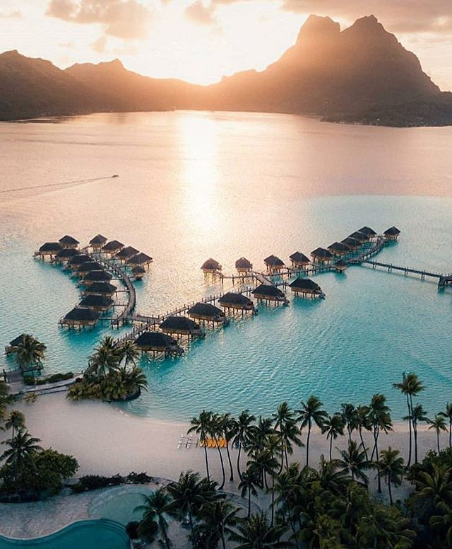 Beautiful Bora Bora - French Polynesia | Tag someone who would love this👇
