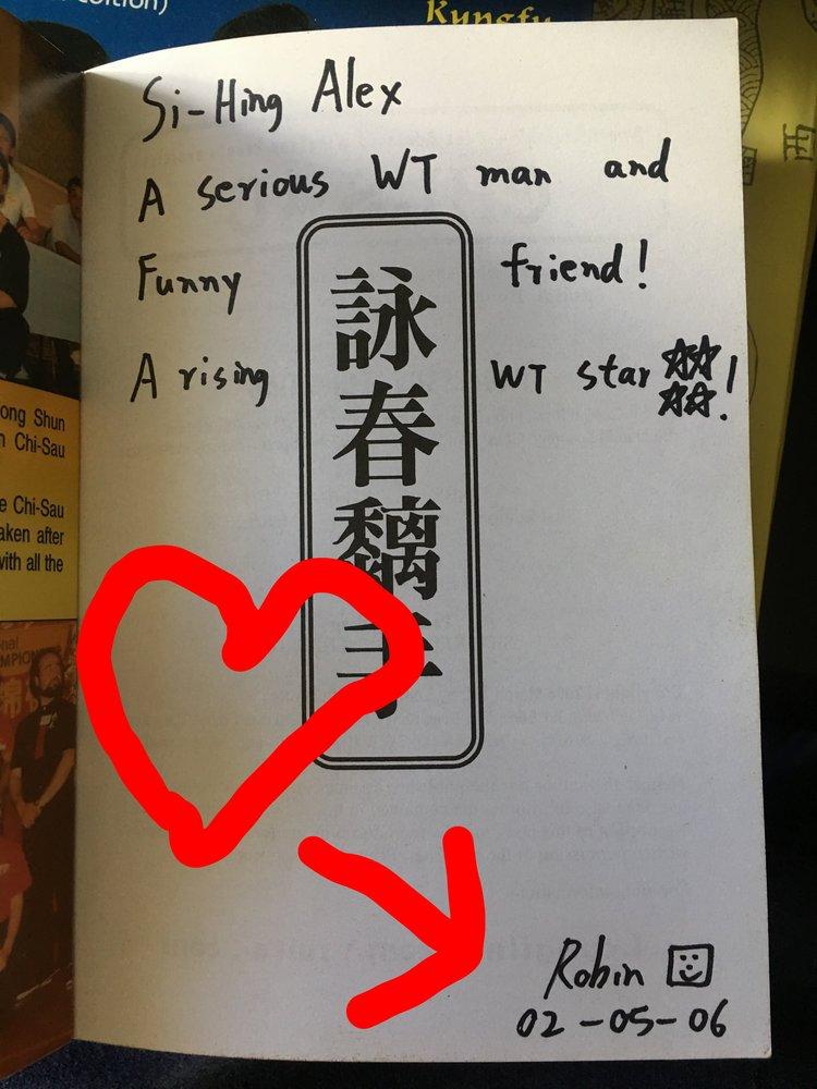 """Love Note From Robin 2006:  In der IWTA wird man vom """"aufsteigenden Stern zum """"Betrueger"""" in dem Augenblick, in welchem man austritt. Das Herz und der Pfeil gehoeren zu mir, weil ich warme Gedanken dabei habe, wenn ich das lese."""