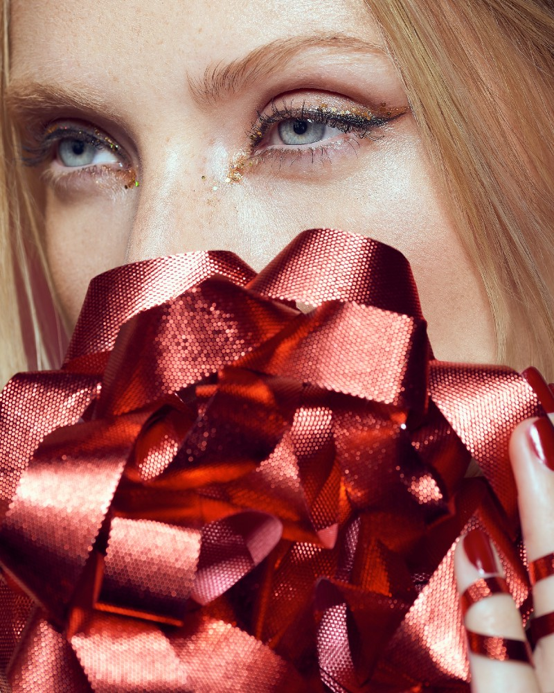 December 2017 — Christmas Theme with  Jenny Guttridge  &  Sinead MCG  Makeup.