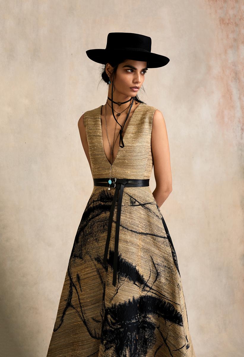 HBKZ132_ Lara Dior new-2.1.jpg