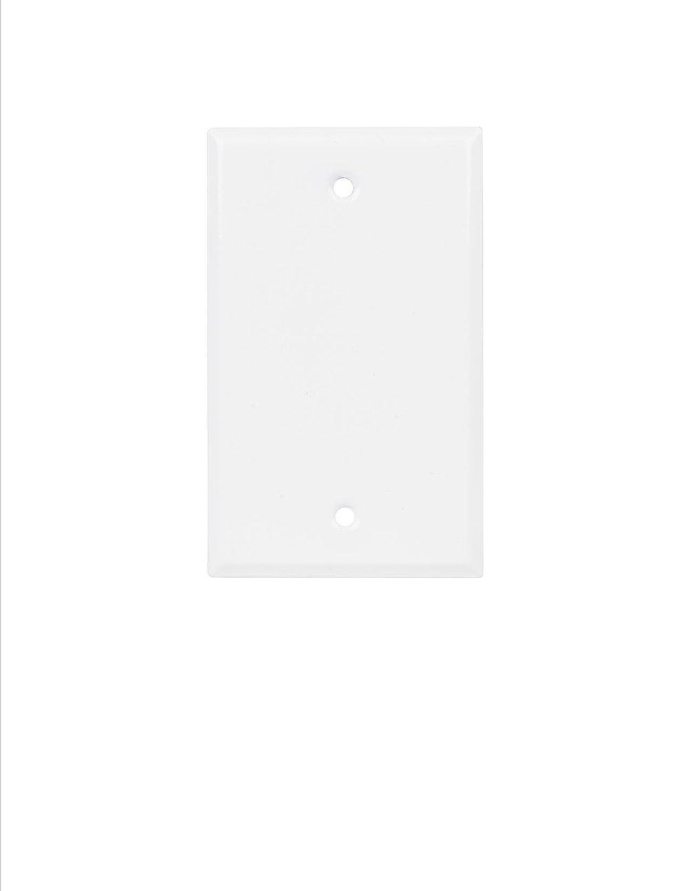 Q-ROOM PLATE WHITE 1.jpg