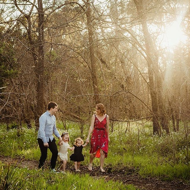 As we enter the middle of spring, I'm almost FULLY BOOKED!! To get your family portraits taken in time for Christmas send me an enquiry via my website http://www.lea-photography.com.au/connect/  Next available Saturday is Nov 3rd.