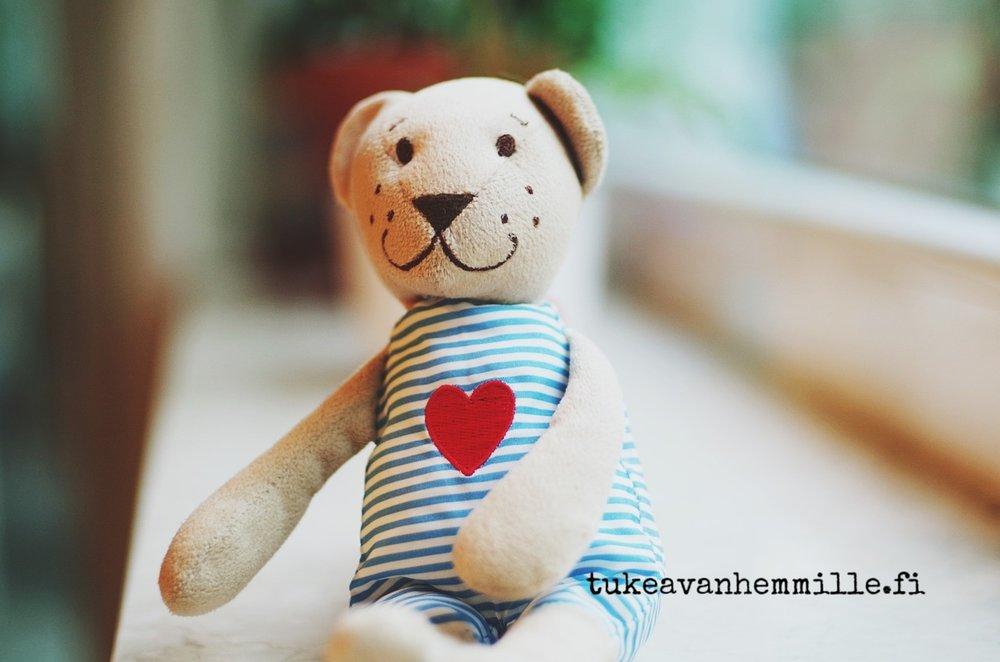 teddy-1477669_1280.jpg