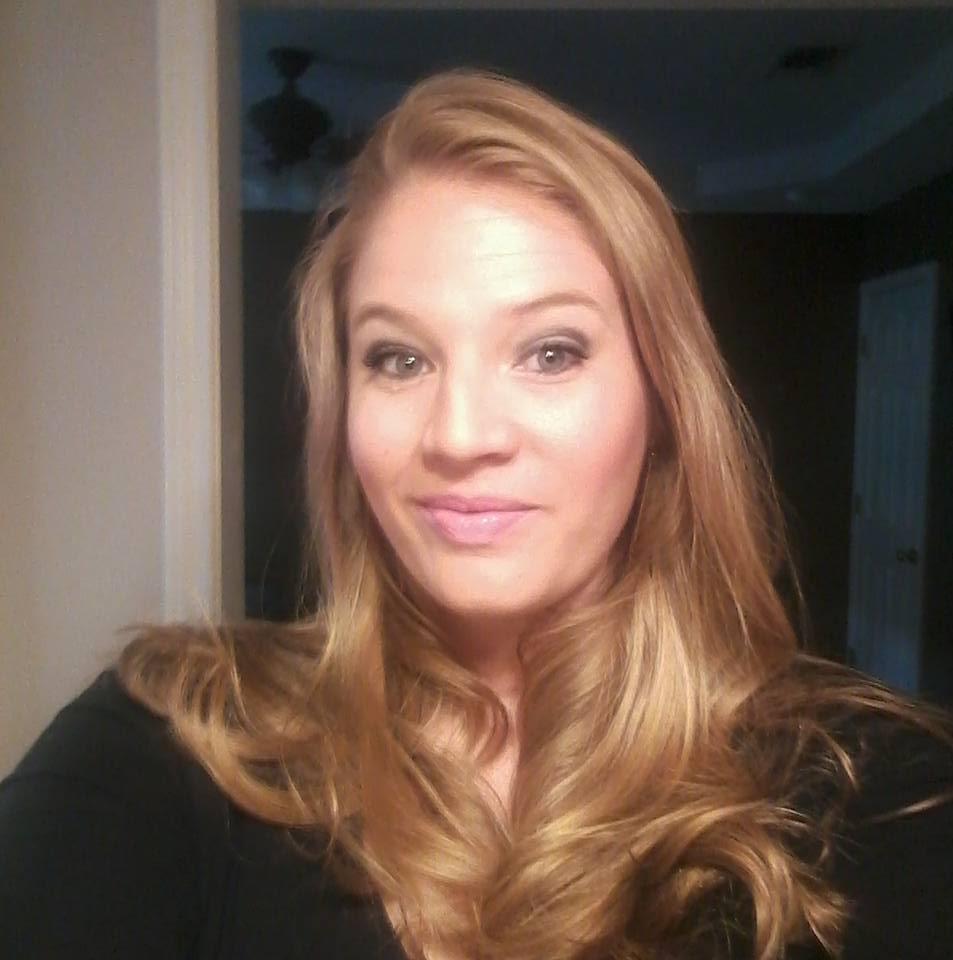 Amanda Haynes, Store Manager