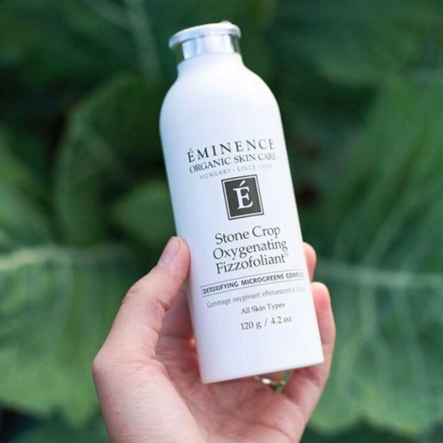 #repost from @eminenceorganics Get that#glowwith#EminenceOrganicsStone Crop Oxygenating Fizzofoliant 🌱 The light fizzing action of this powder-to-foam exfoliant invigorates skin, removes impurities and reveals a brighter looking complexion. Is it part of your#skincareroutine? 📷:@foodwithoutfaces
