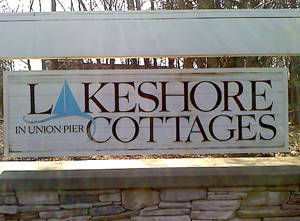 Lakeshore Cottages entrance sign.jpg