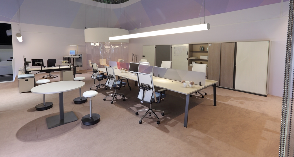 Ibero for Mesa oficina moderna