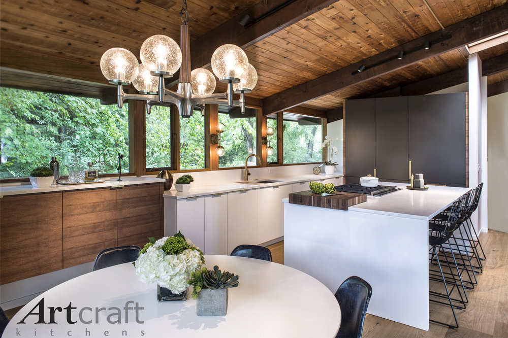 EUROPEAN-STYLE CUSTOM CABINETRY BY ARTCRAFT