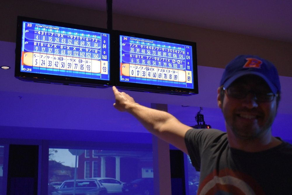 Mike rolls three strikes in a row! His final score is 160!