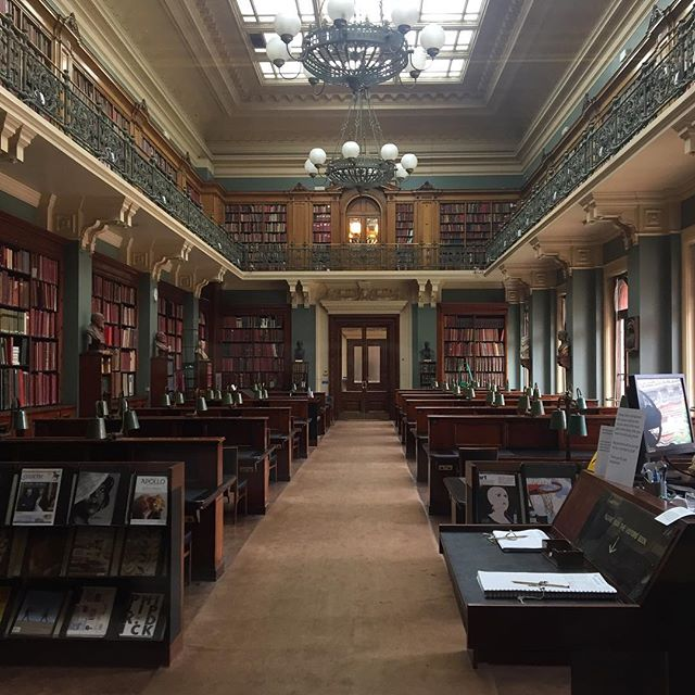 Books, art, books on art. 💕💕💕A shot of the art library from a recent trip to the V&A museum. #MyVAM