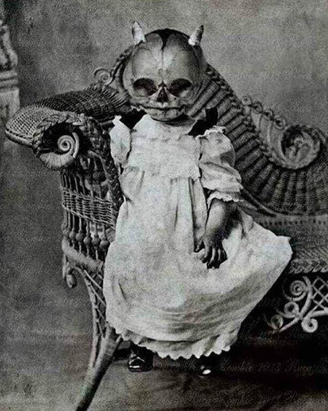 creepy monday • • • 📸: vintage_pics