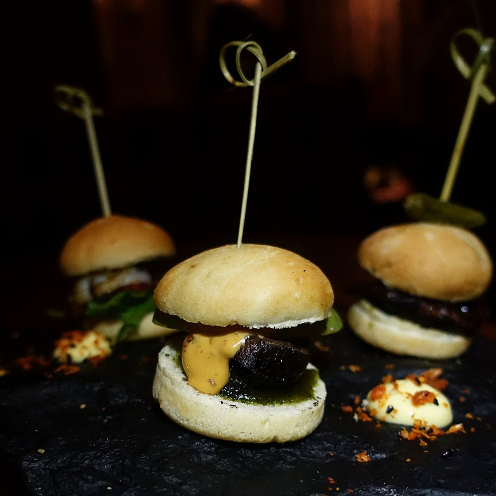 Whale and puffin sliders - Grill Market - Iceland