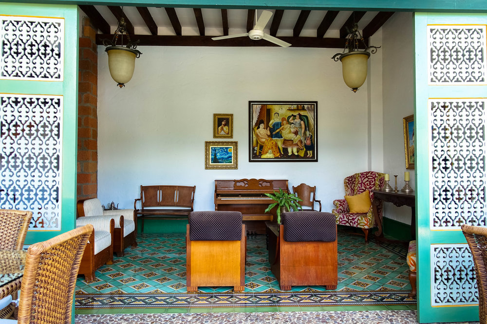 colombia-day trip from medellin-luxury villa-caucaviejo-casahorizantes