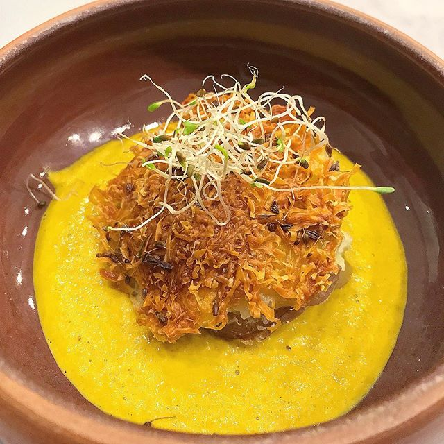 I made things today!!! In Peru!!! Kicking off an amazing 10 day program in #Peru with @brightlightvolunteers with a @cuscoculinary cooking class. Made a few local dishes including this cheesy potato cake in ají (yeallow pepper) sauce. See more in stories 👆😋 #volunteertravel #cultureimmersion #travelandeat