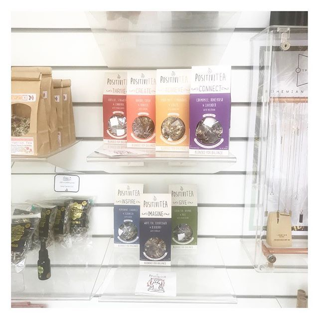 Positively shining from the shelves! 💫🙏🏻💫 #positivitea @balancebrighton #yogastudio #floatcentre #alternativetherapies #holistic #wellbeing #yoga #yogaeverydamnday #brighton #tea #herbaltea #notjusteaawaytobe #siphappiness