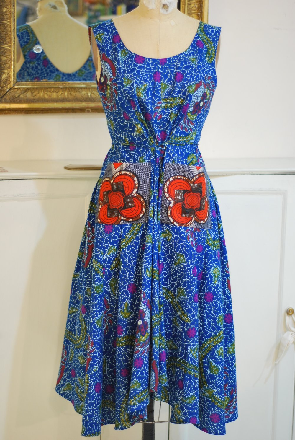 red pocket blue dress.jpg