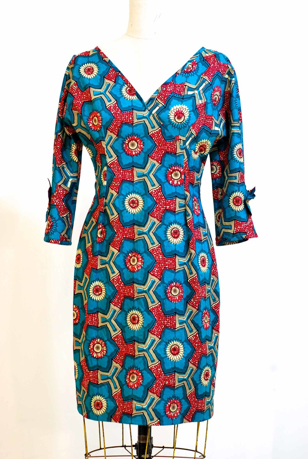 "Qipau Dress  -  size 8   -  waist 28""   Bust  36""  Hip 38""   was $475.  now  $300  100% cotton  -  machine washable"