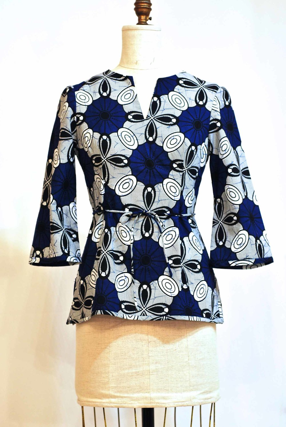 Blue / white Tunic  -  sz 6  -  Bust 34  waist  28  -  was $285.   now $175.  100% Cotton  -  Machine Washable