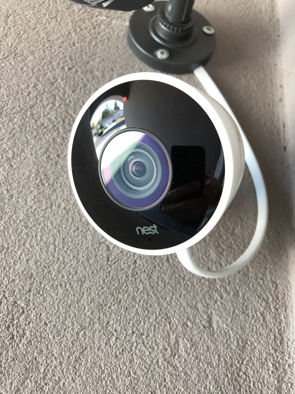 NEST_CAM_OUTDOOR
