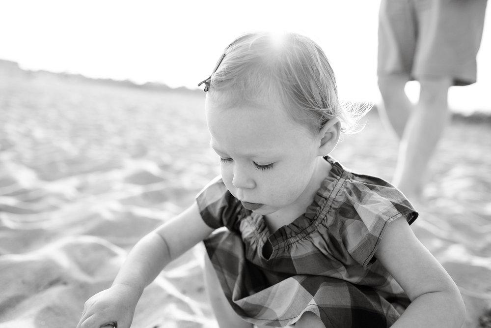 maine-family-photography-pine-point- beach-25.jpg