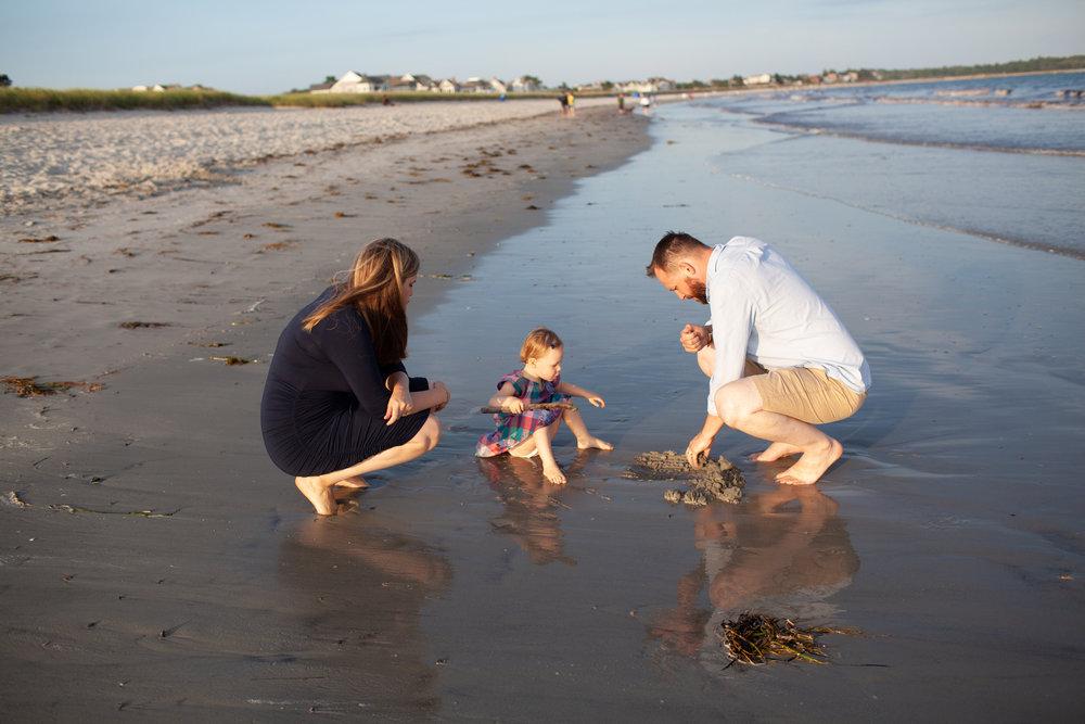 maine-family-photography-pine-point- beach-34.jpg