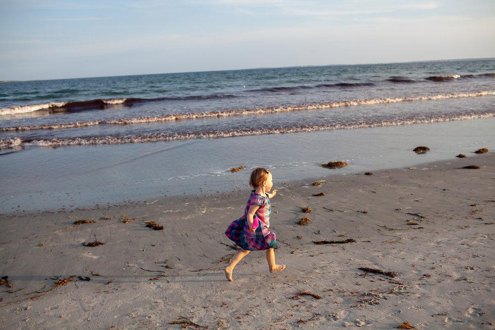 maine-family-photography-pine-point- beach-42.jpg