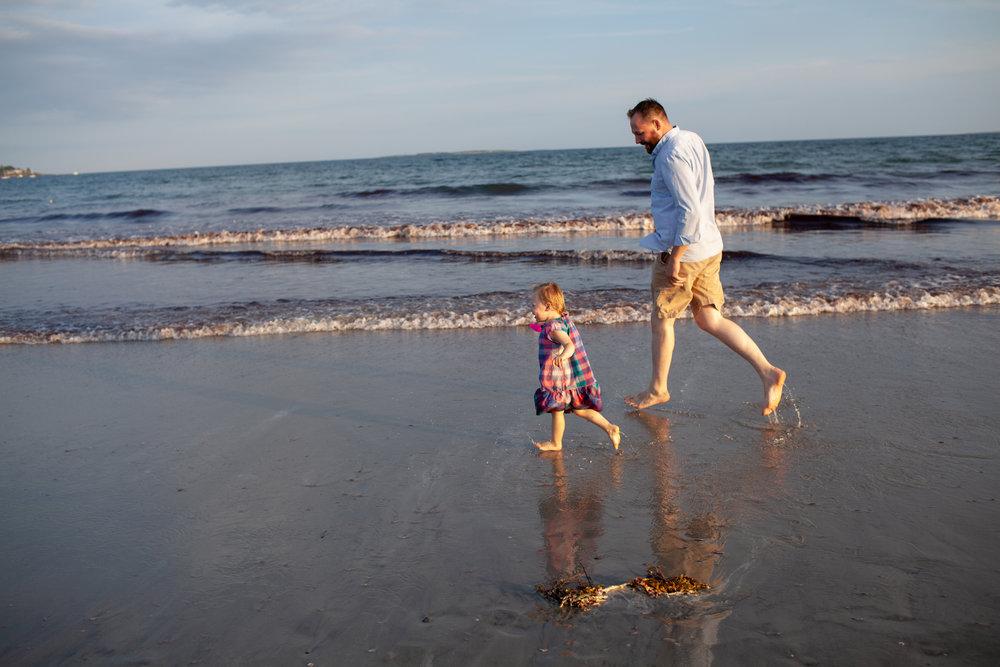 maine-family-photography-pine-point- beach-47.jpg
