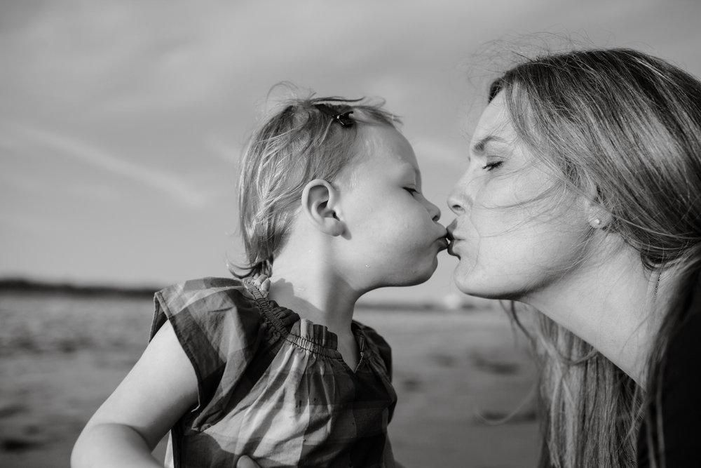 maine-family-photography-pine-point- beach-55.jpg