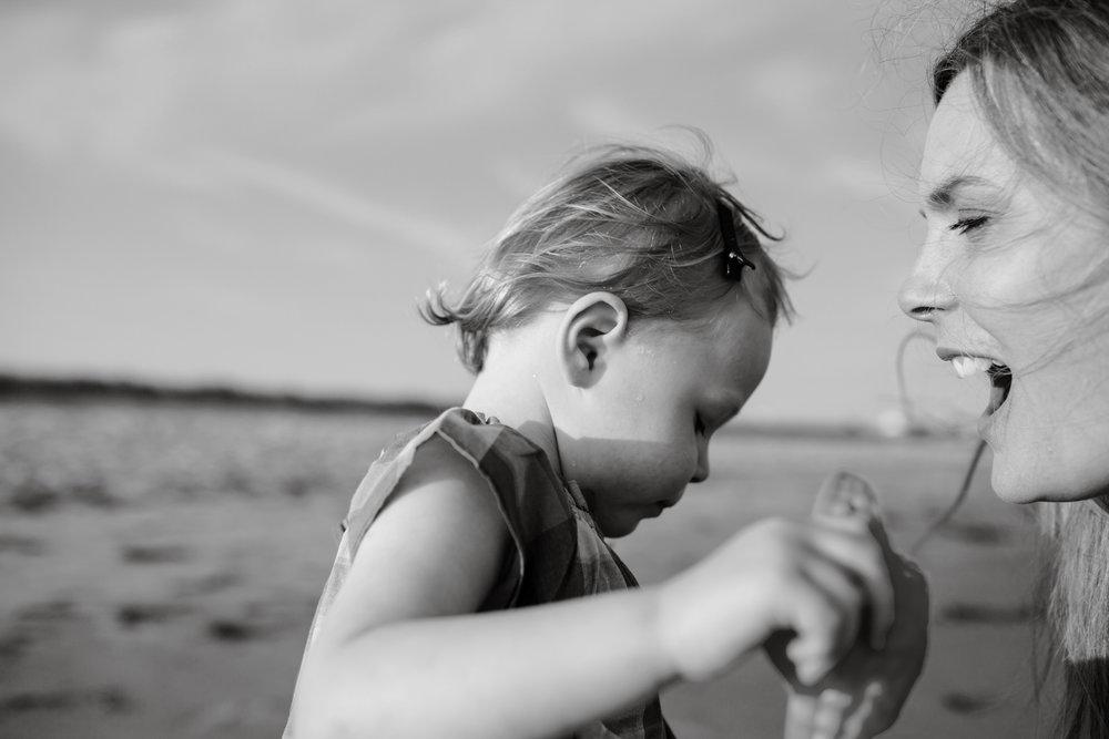 maine-family-photography-pine-point- beach-57.jpg