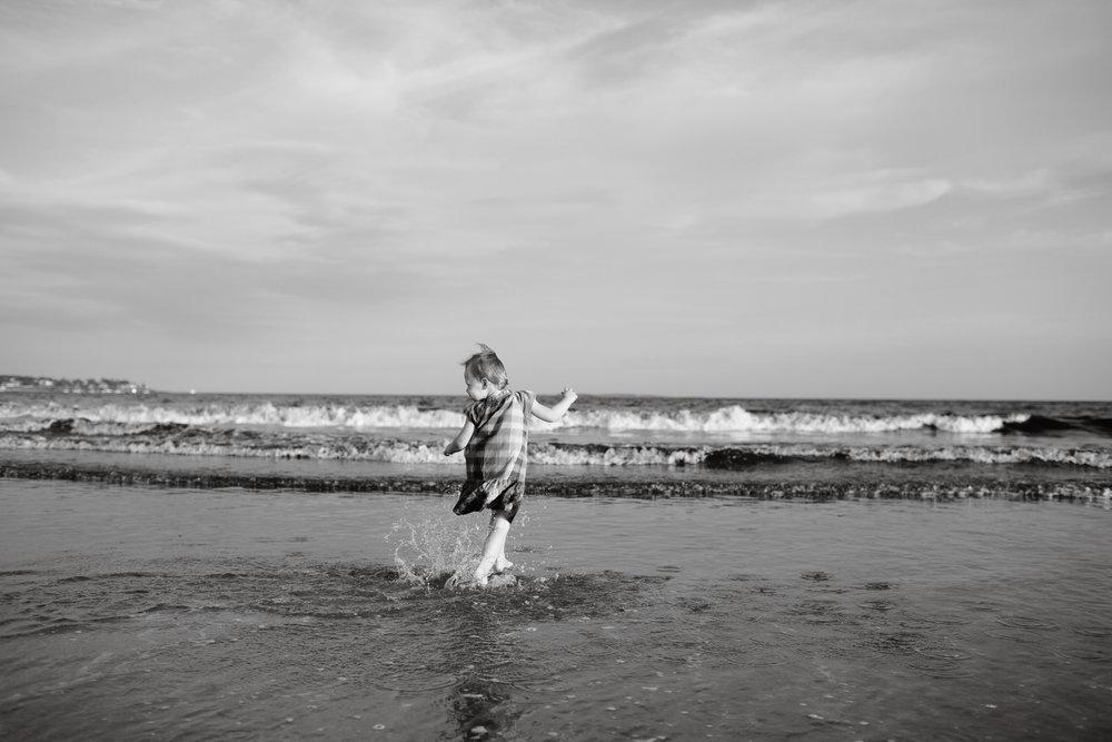 maine-family-photography-pine-point- beach-60.jpg