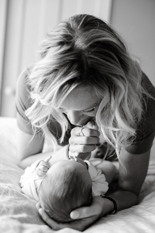 maine-newborn-photographer -69b.jpg