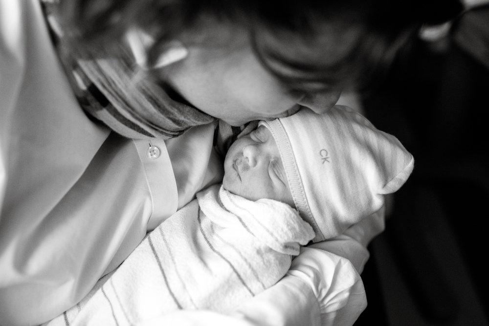 maine-fresh48-newborn-photographer -9.jpg