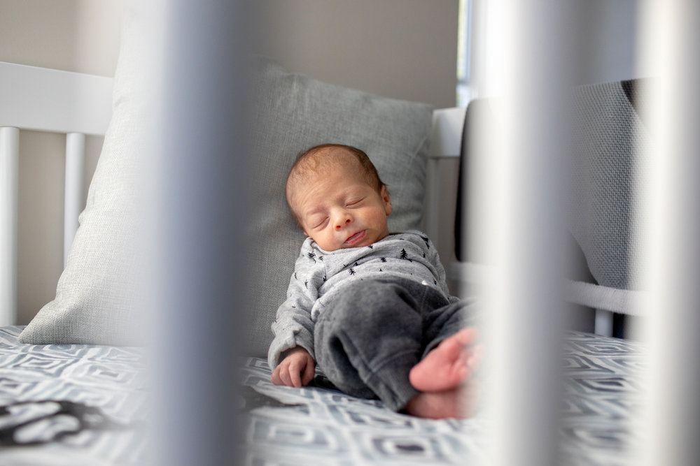 maine-newborn-lifestyle-photographer-18.jpg