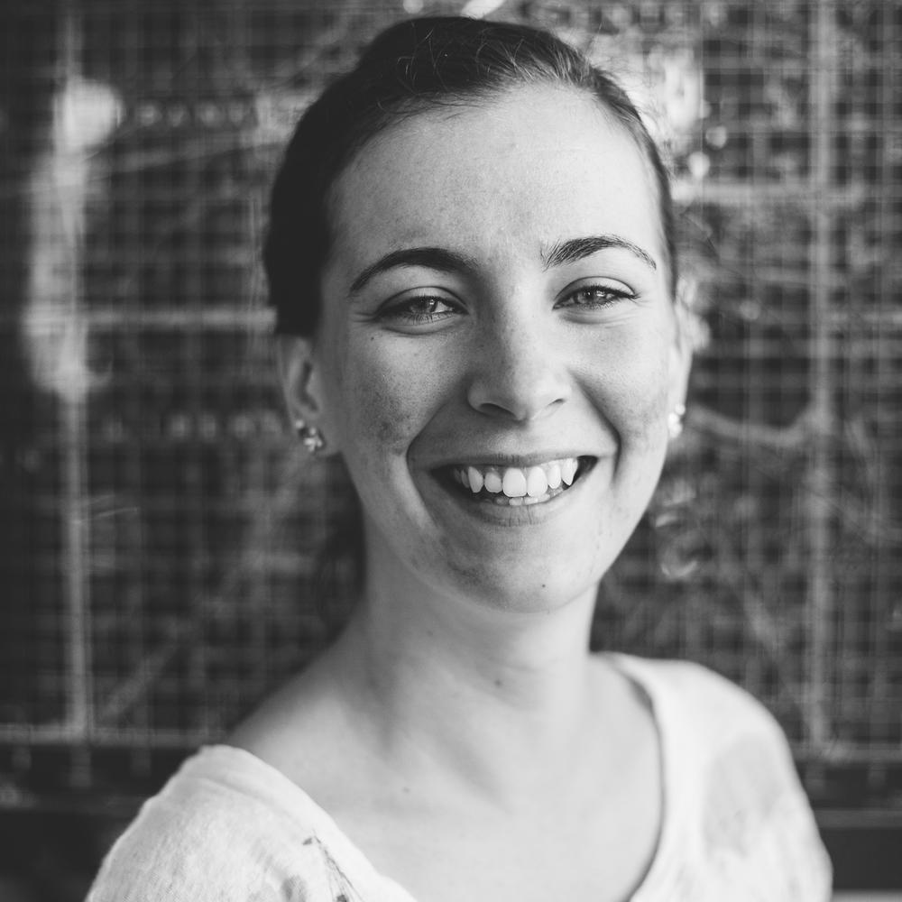 Jizelle Miller  Team Lead, Graphic Designer   instagram/jizellemiller
