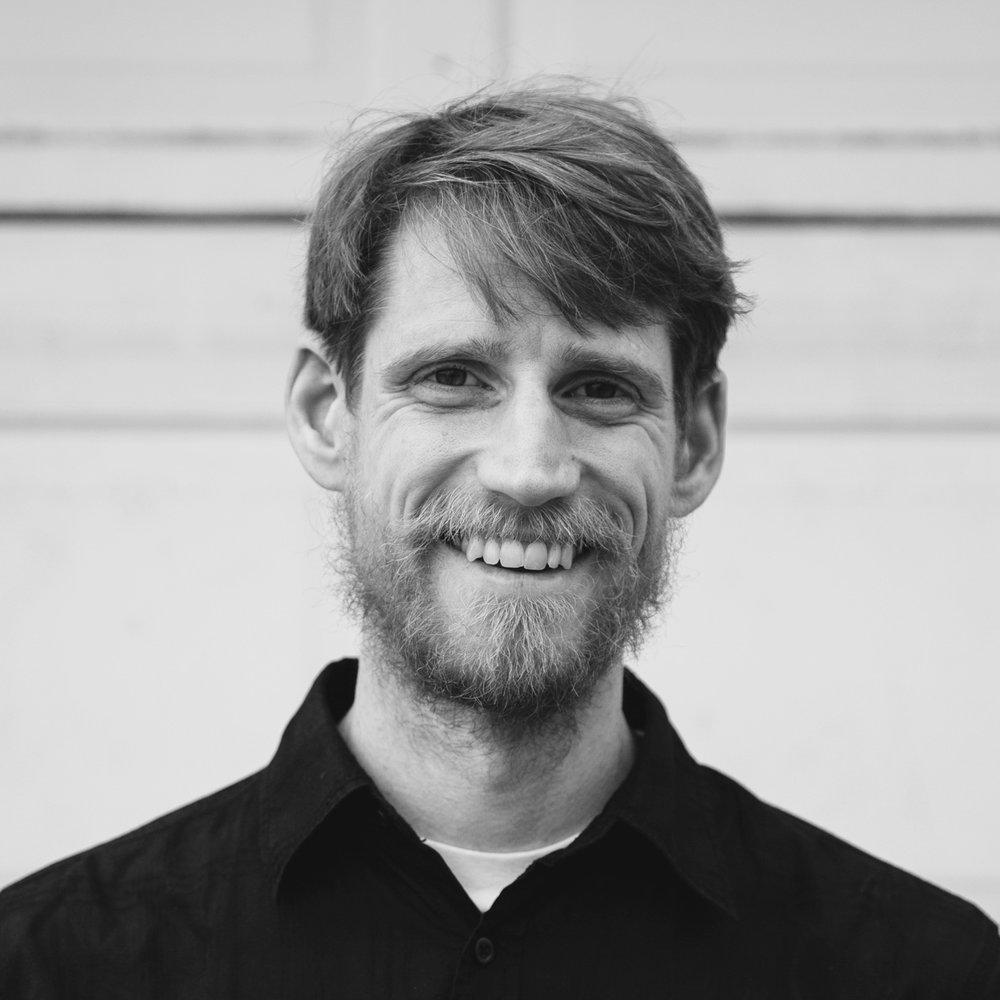 Henrik Soderstrom  Chief Ideation Designer and Making Coordinator   henriksoderstrom.com