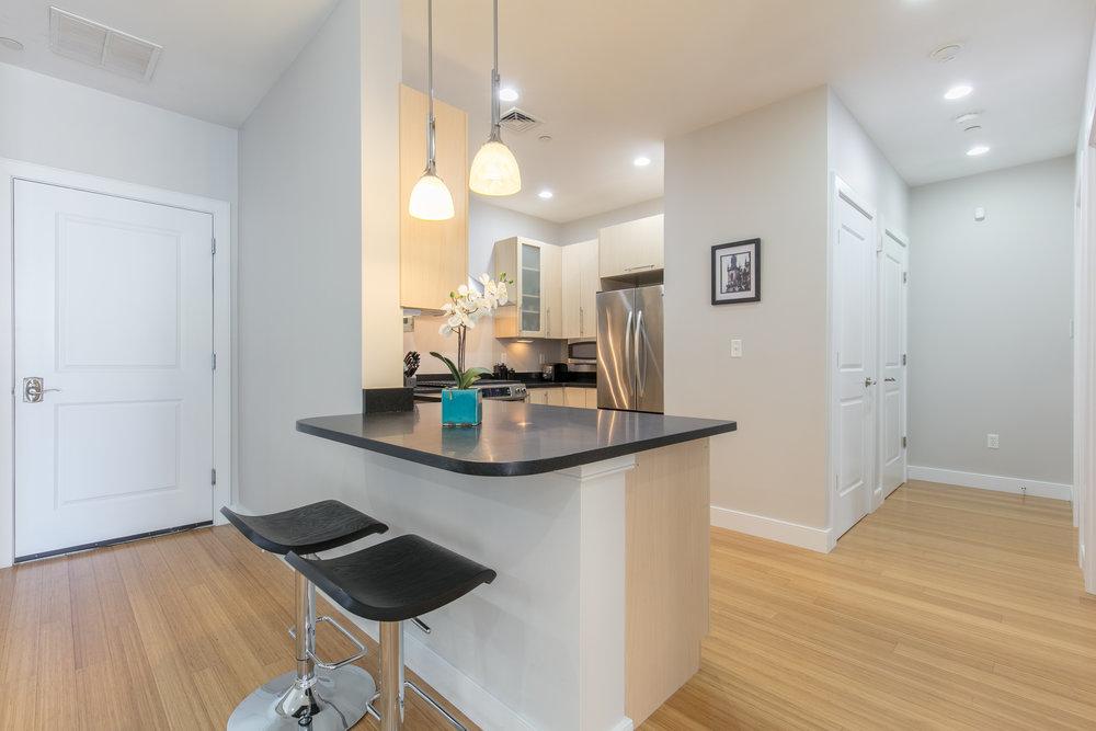 Kitchen - bar.jpg