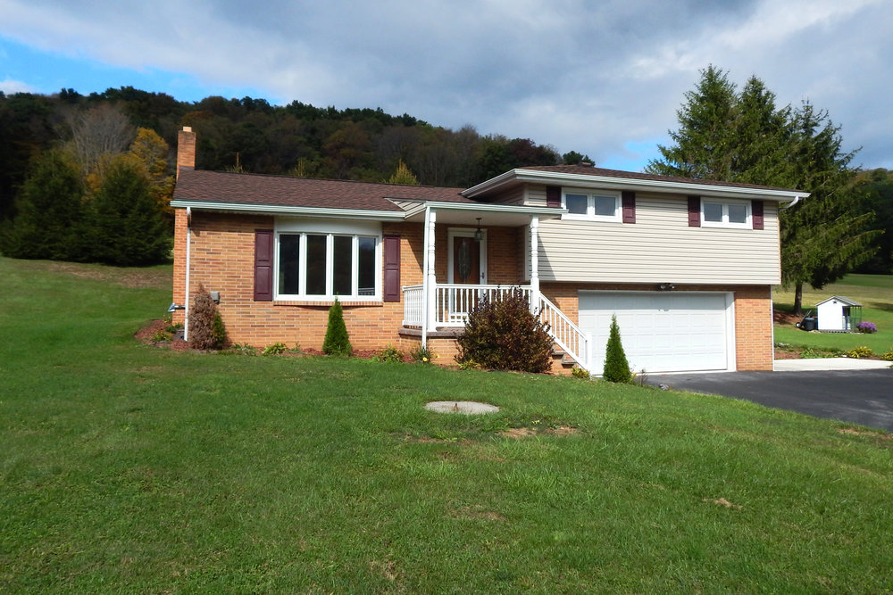 SOLD - REAL ESTATE AUCTION - BOSWELL, PENNSYLVANIA