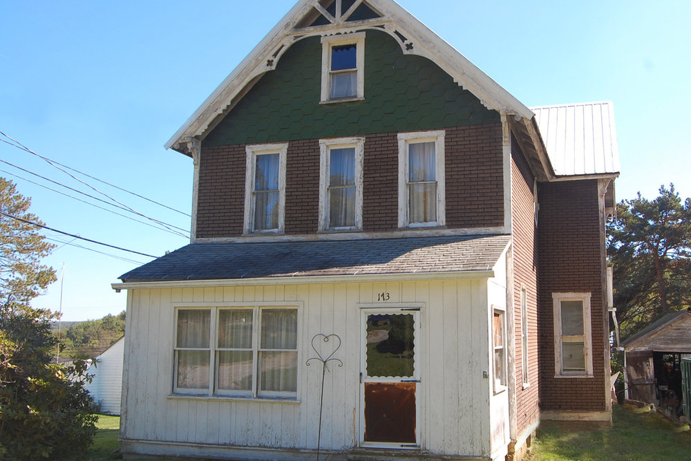 SOLD - REAL ESTATE AUCTION - FRIEDENS, PENNSYLVANIA