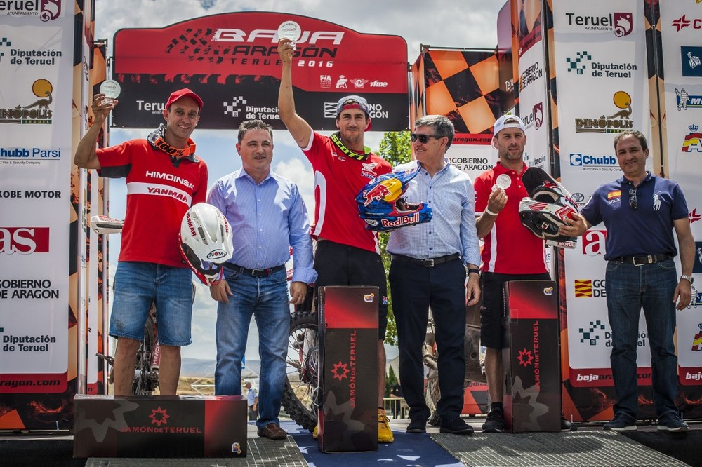 bajaaragon16_podium-bike_2682_ps-lowres.jpg