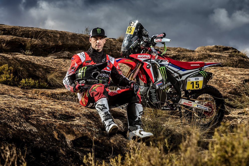 Michael Metge and the CRF450 RALLY.jpg