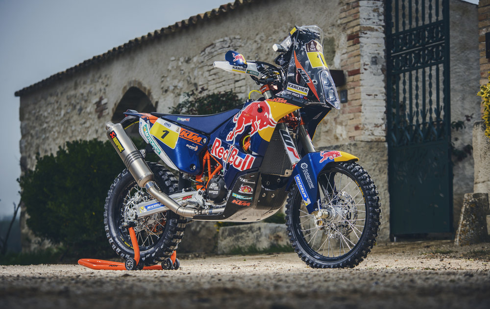 Toby Price champ KTM 450 RALLY 2016.jpg