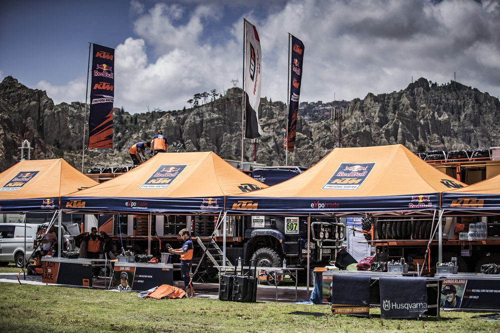 Bivouac Red Bull KTM Factory Racing Dakar 2017.jpg