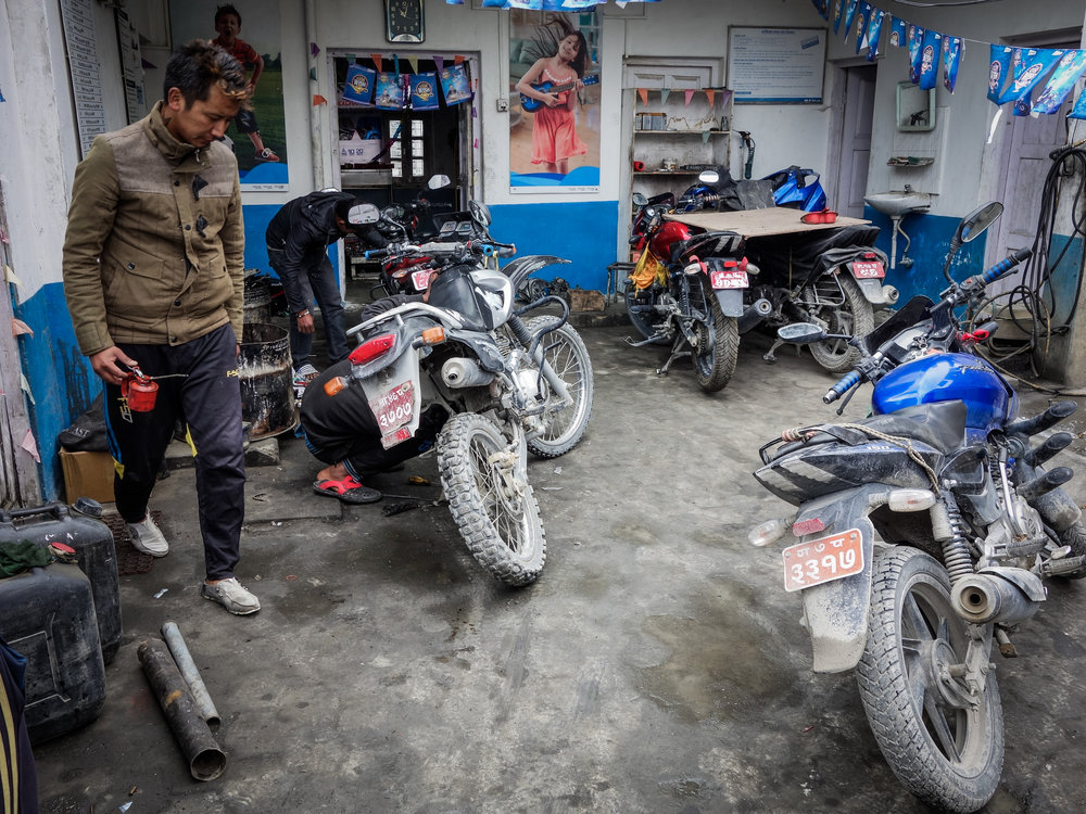 TWHMC-nepal-motorcycle-adventure-2016-03878-2.jpg