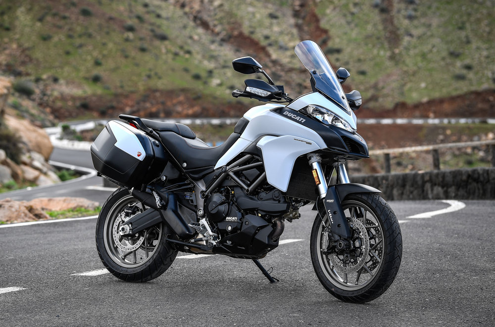 1-MULTISTRADA 950 TOURING PACK STATIC_08.JPG