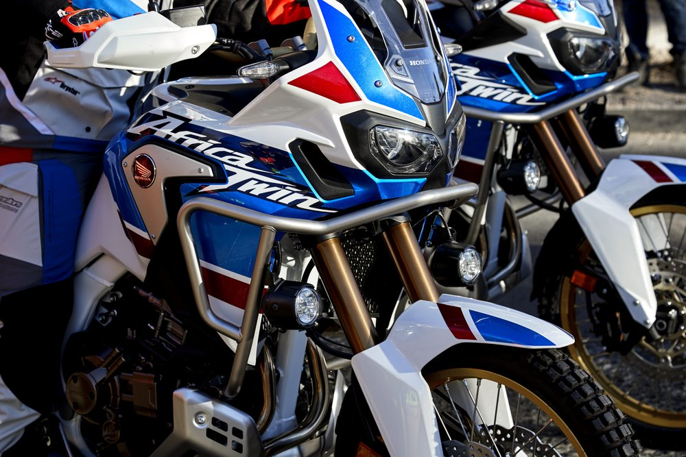 18_Honda_Africa_Twin_Adventure_Sports_Action_Image_1.jpg