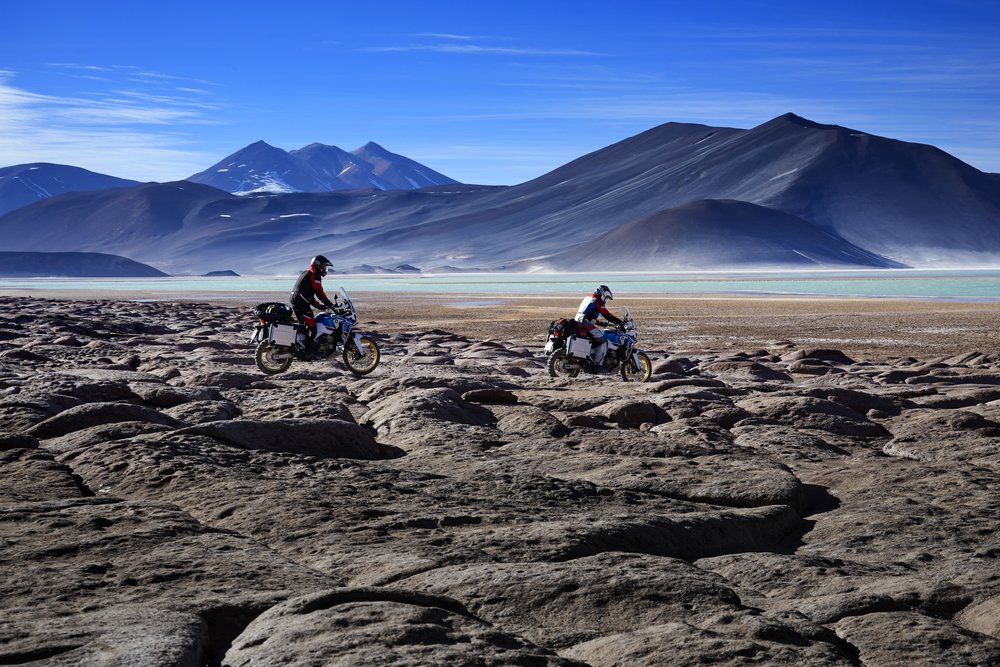 18_Honda_Africa_Twin_Adventure_Sports_Action_Image_8.jpg