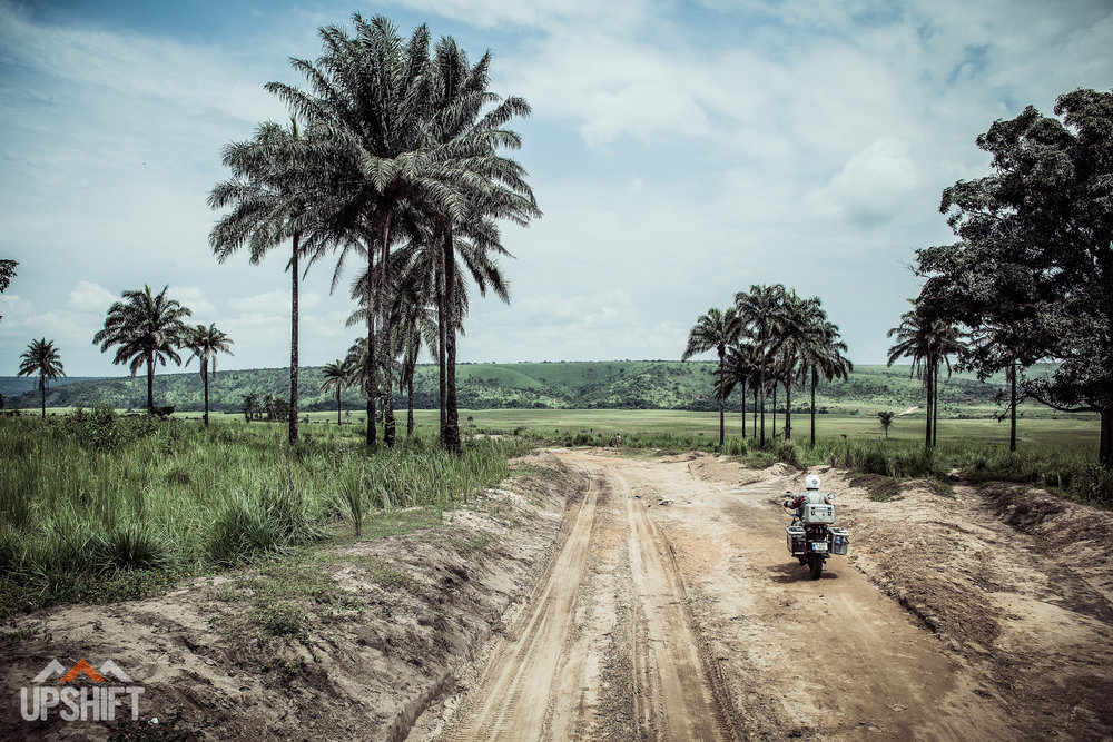 INTO THE WORLD - CROSSING THE CONGO-2.jpg