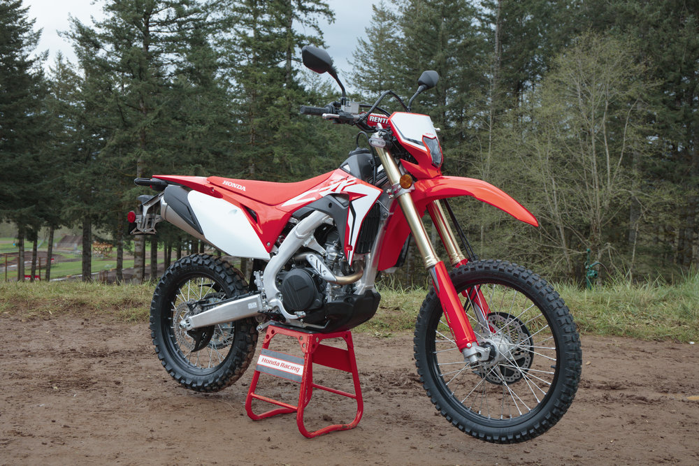 19 Honda CRF450L_Beauty_3.jpg